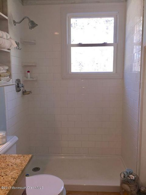 Additional photo for property listing at 611 Haifa Court  Toms River, New Jersey 08753 United States
