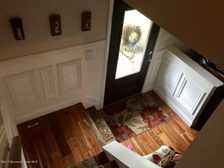 Additional photo for property listing at 611 Haifa Court  Toms River, New Jersey 08753 États-Unis