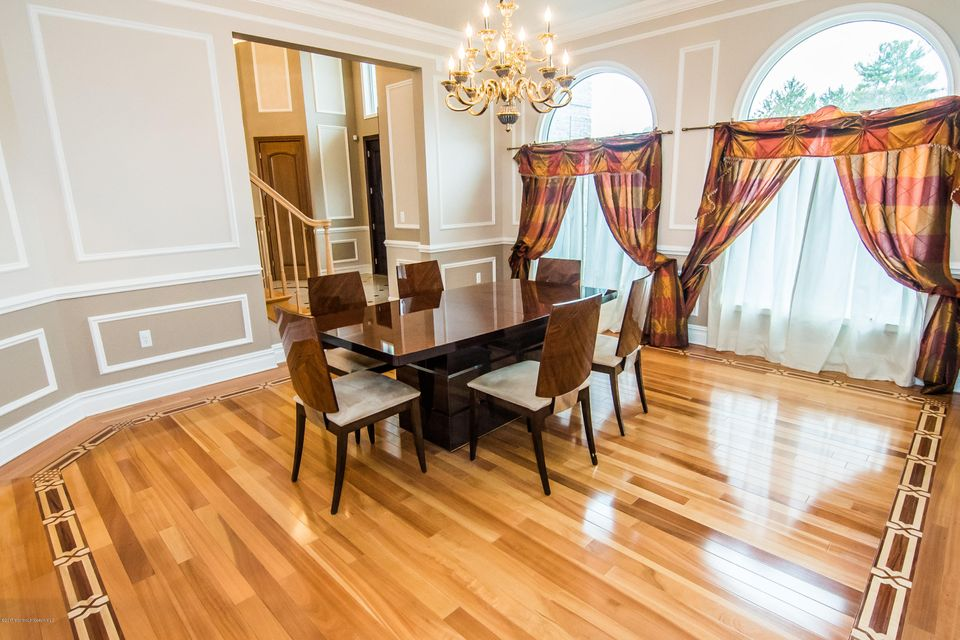 Additional photo for property listing at 3 Hemingway Court  Morganville, New Jersey 07751 États-Unis