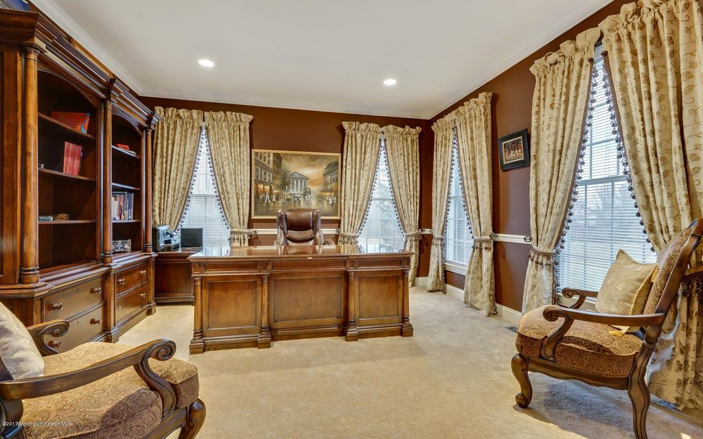 Additional photo for property listing at 1 Erin Court  Kendall Park, Nueva Jersey 08824 Estados Unidos