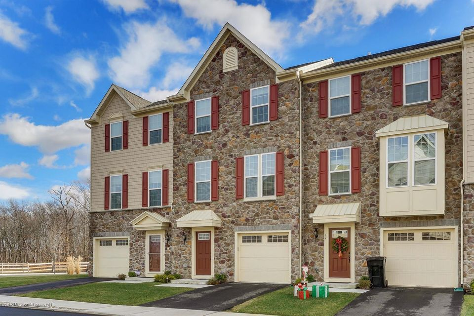 Additional photo for property listing at 63 Phillip E Frank Way  Cliffwood, New Jersey 07721 United States