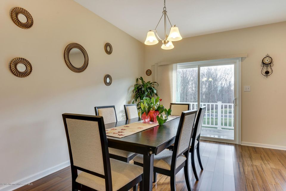 Additional photo for property listing at 63 Phillip E Frank Way  克里夫伍德, 新泽西州 07721 美国