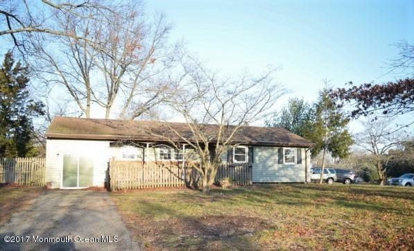 Casa Unifamiliar por un Venta en 1398 Mountainview Drive Toms River, Nueva Jersey 08753 Estados Unidos