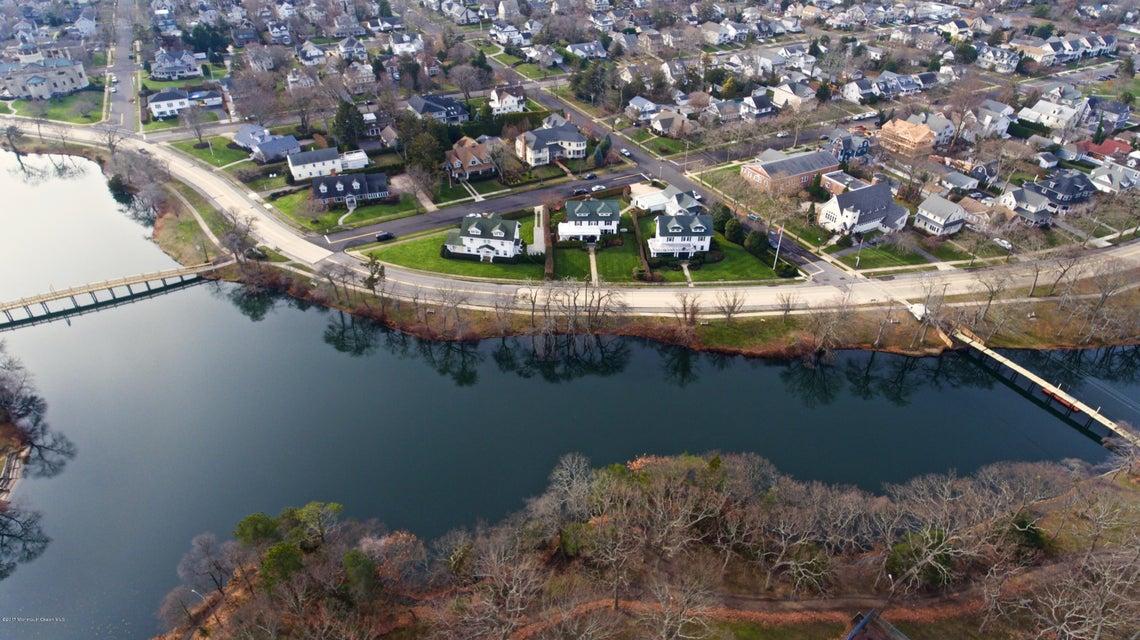 Casa Unifamiliar por un Venta en 307 Lake Avenue Spring Lake, Nueva Jersey 07762 Estados Unidos