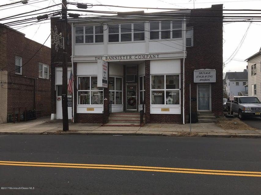 Comercial por un Venta en 128 Main Street Milltown, Nueva Jersey 08850 Estados Unidos