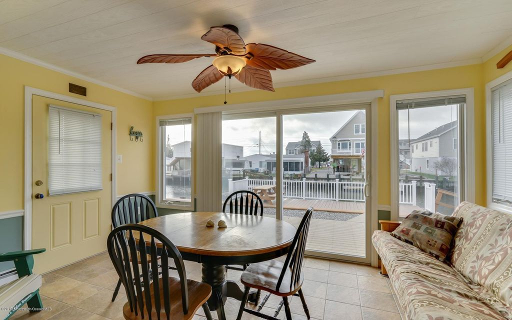 Additional photo for property listing at 13 Anchor Drive  Little Egg Harbor, Nueva Jersey 08087 Estados Unidos
