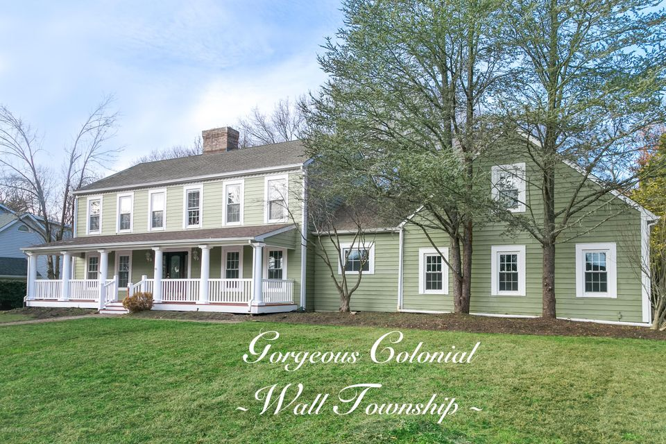 Maison unifamiliale pour l Vente à 2111 Princeton Court Allenwood, New Jersey 08720 États-Unis