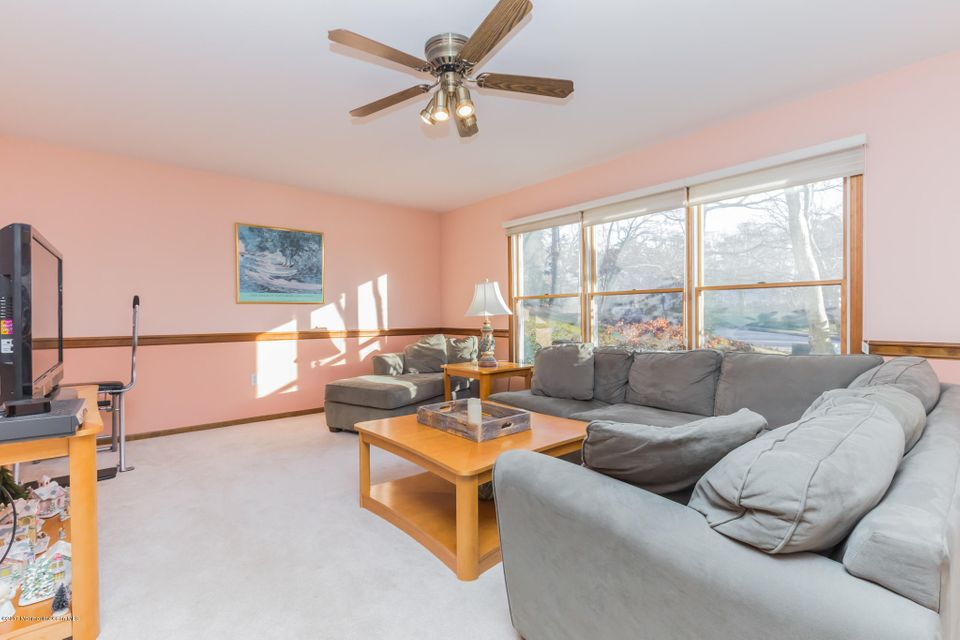 Additional photo for property listing at 3065 Governors Crossing  Wall, New Jersey 07719 United States