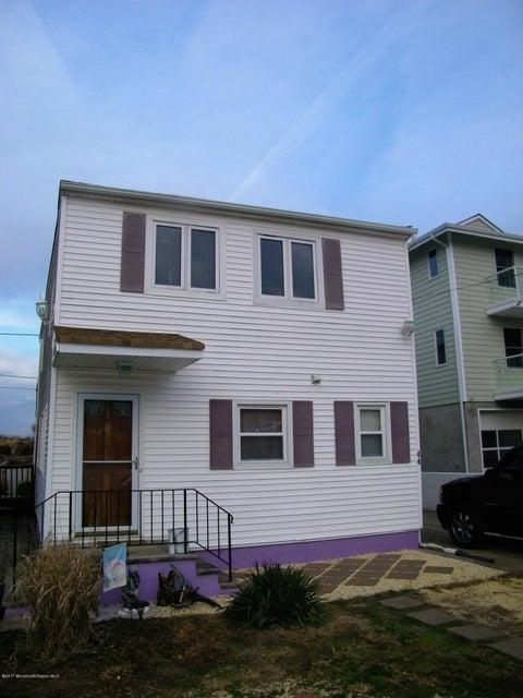 独户住宅 为 销售 在 44 Bayside Parkway 肯斯堡市, 07734 美国