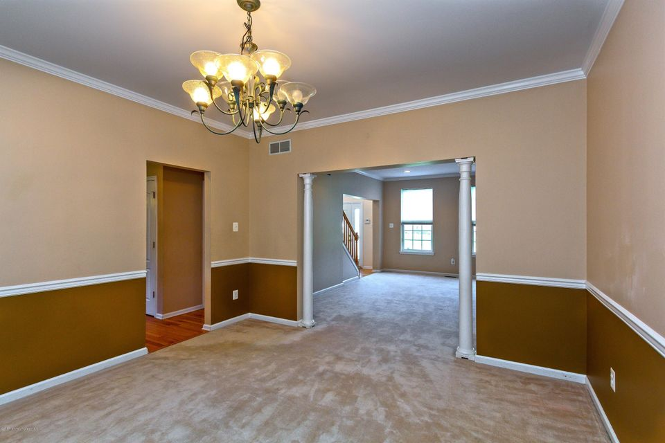 Additional photo for property listing at 102 Creekwood Drive  Bordentown, New Jersey 08505 United States