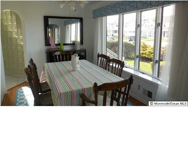 Additional photo for property listing at 7 Lincoln Avenue  Avon By The Sea, Nueva Jersey 07717 Estados Unidos