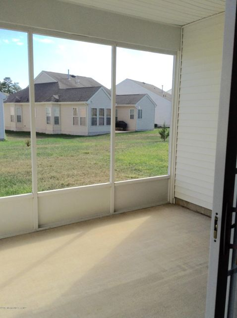 Additional photo for property listing at 17 Hatteras Way  Barnegat, New Jersey 08005 États-Unis
