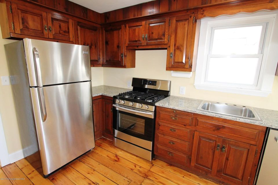 Additional photo for property listing at 103 Garfield Lane  Avon By The Sea, New Jersey 07717 United States