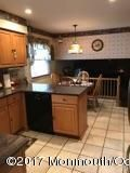 Additional photo for property listing at 1 Bugle Court  Howell, Nueva Jersey 07731 Estados Unidos