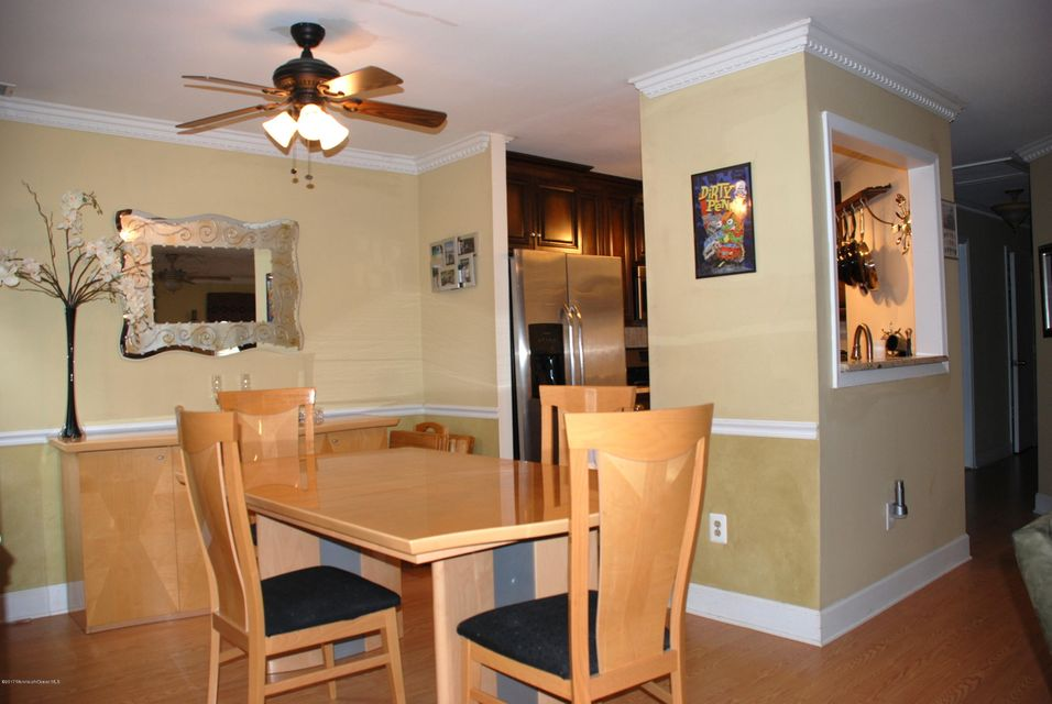 Additional photo for property listing at 149 Tanglewood Place  Morganville, New Jersey 07751 United States