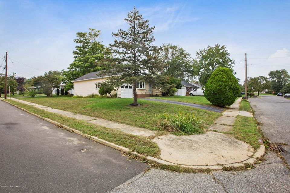 Additional photo for property listing at 1010 Shore Road  Spring Lake Heights, New Jersey 07762 United States