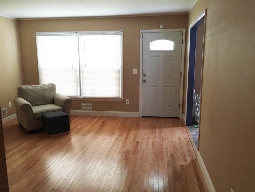 Casa Unifamiliar por un Venta en 513 Lillie Road Toms River, Nueva Jersey 08753 Estados Unidos