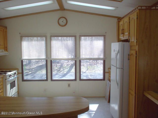 Additional photo for property listing at 8 Village Road  Morganville, New Jersey 07751 United States