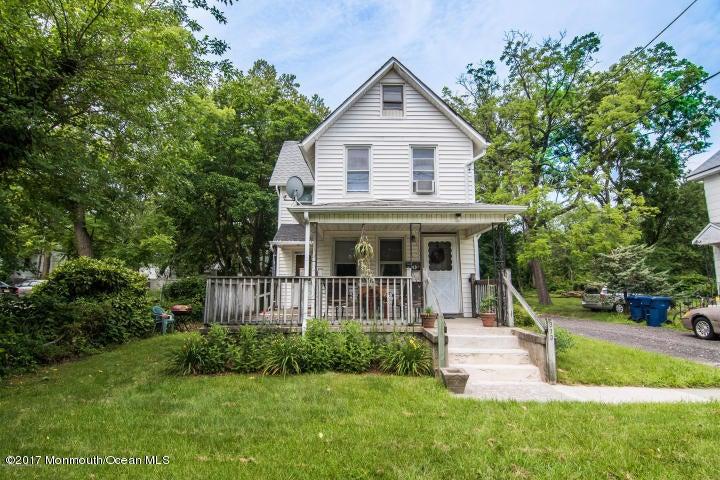 独户住宅 为 销售 在 313 Neptune Boulevard 尼普顿, 新泽西州 07753 美国