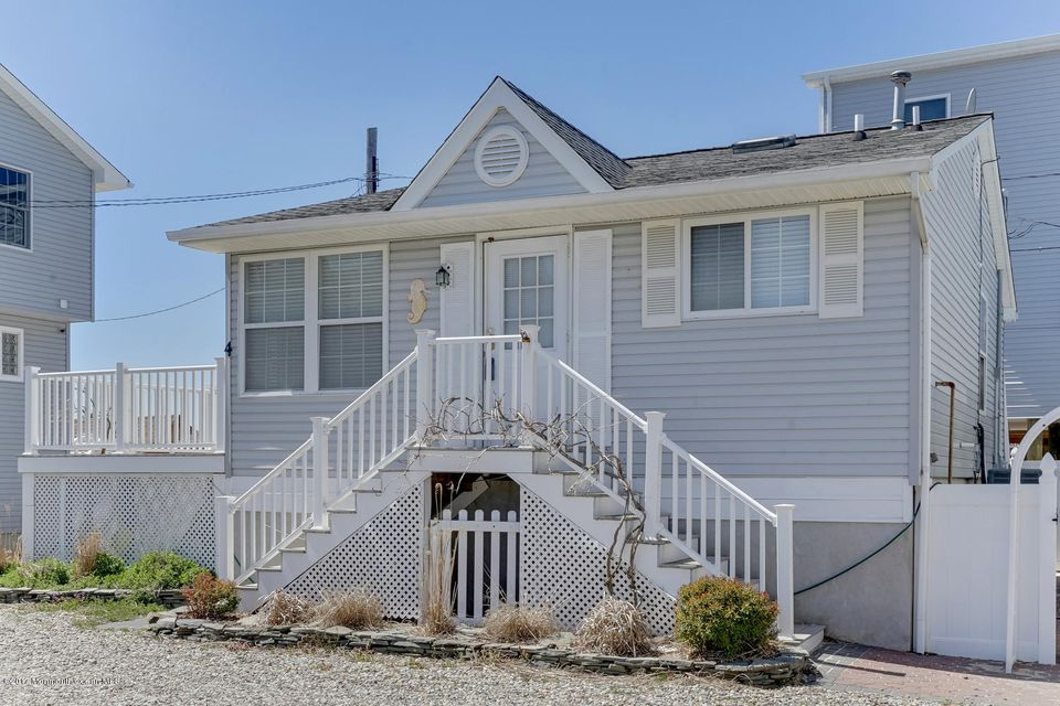 Additional photo for property listing at 439b Bayside Terrace  Seaside Heights, New Jersey 08751 États-Unis