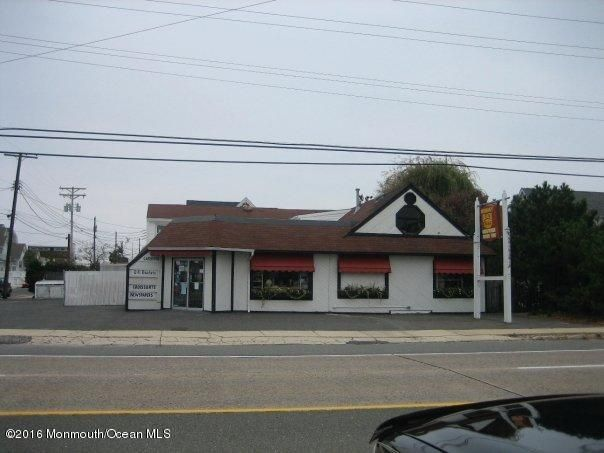 Commercial for Sale at 534 Route 35 Normandy Beach, New Jersey 08739 United States