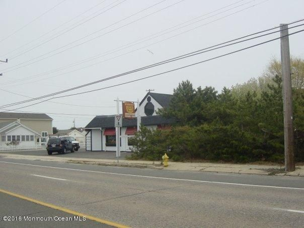 Additional photo for property listing at 534 Route 35  Normandy Beach, New Jersey 08739 États-Unis