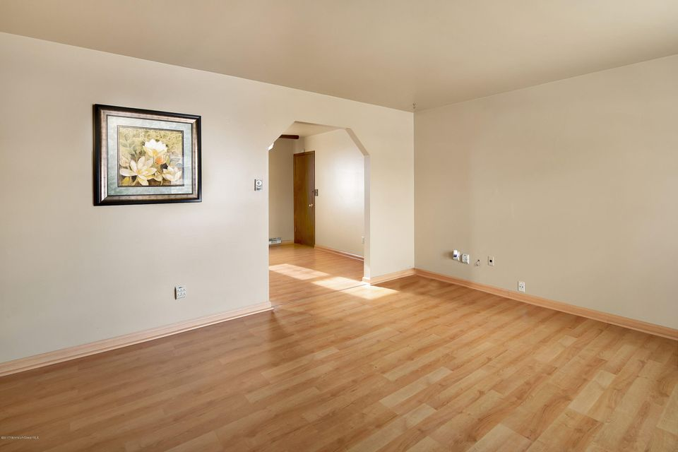 Additional photo for property listing at 114 Seabreeze Avenue  North Middletown, Nueva Jersey 07748 Estados Unidos