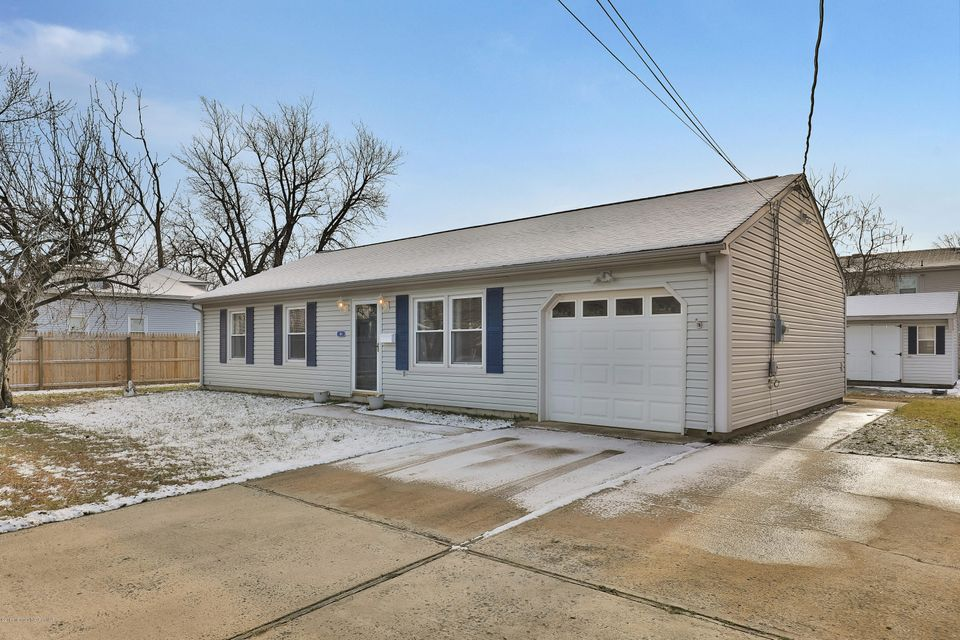 Casa Unifamiliar por un Venta en 114 Seabreeze Avenue North Middletown, Nueva Jersey 07748 Estados Unidos