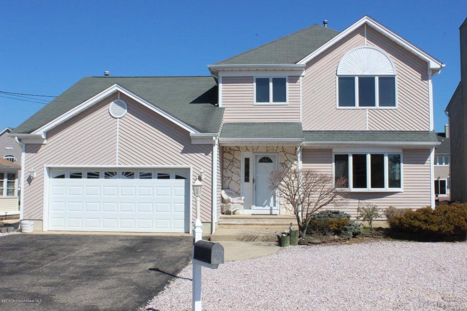 Casa Unifamiliar por un Venta en 5 Starboard Court Brick, Nueva Jersey 08723 Estados Unidos