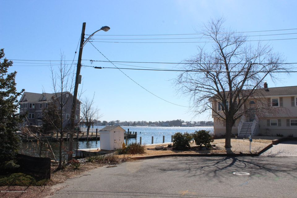 Additional photo for property listing at 5 Starboard Court  Brick, Nueva Jersey 08723 Estados Unidos