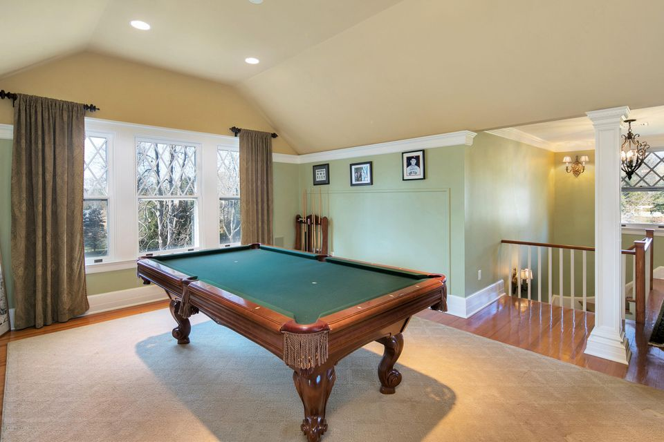 Additional photo for property listing at 86 Rumson Road  Rumson, New Jersey 07760 États-Unis
