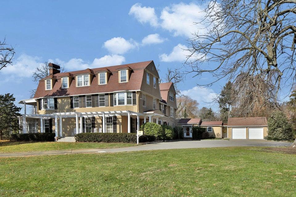 Maison unifamiliale pour l Vente à 86 Rumson Road Rumson, New Jersey 07760 États-Unis