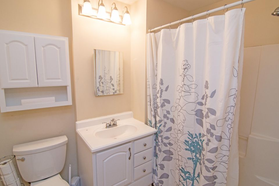 Additional photo for property listing at 412 Prospect Street  Long Branch, New Jersey 07740 États-Unis