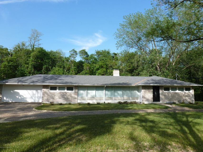 独户住宅 为 出租 在 19 Hillsdale Road Colts Neck, 新泽西州 07722 美国