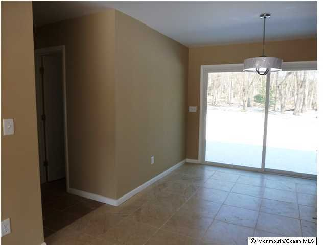 Additional photo for property listing at 19 Hillsdale Road  Colts Neck, 新泽西州 07722 美国