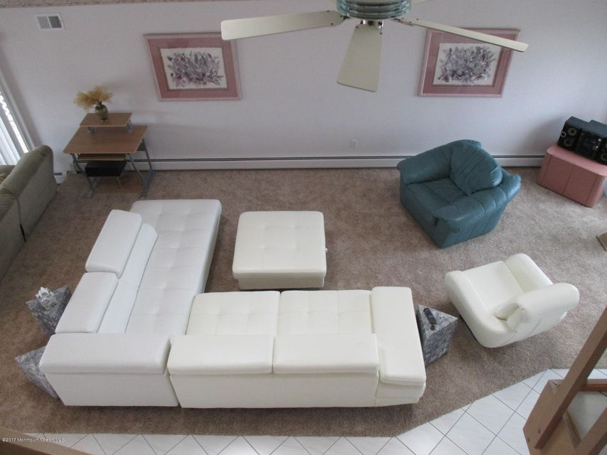 Additional photo for property listing at 108 Saint Lawrence  布里克, 新泽西州 08723 美国