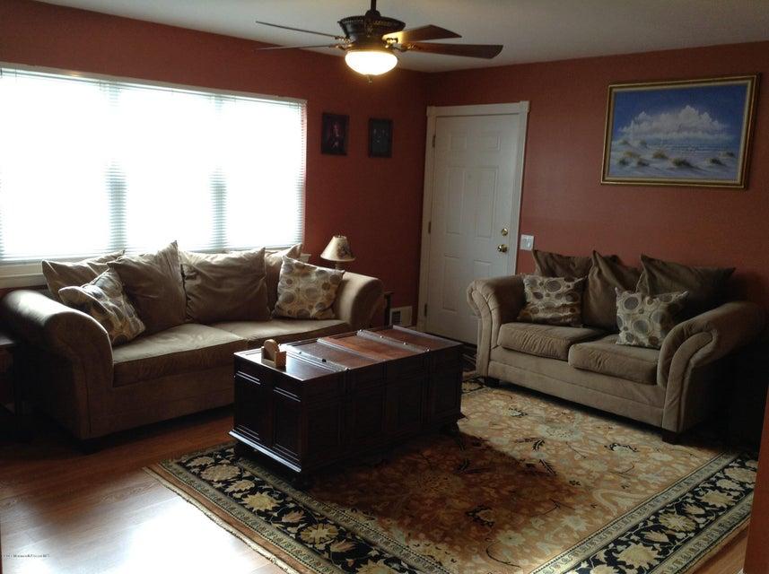 独户住宅 为 销售 在 18 Haven Drive Matawan, 新泽西州 07747 美国