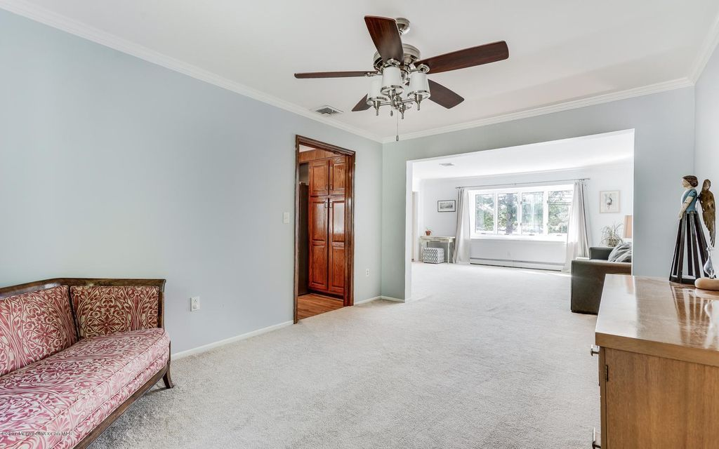 Additional photo for property listing at 256 Chestnut Street  Toms River, New Jersey 08753 United States