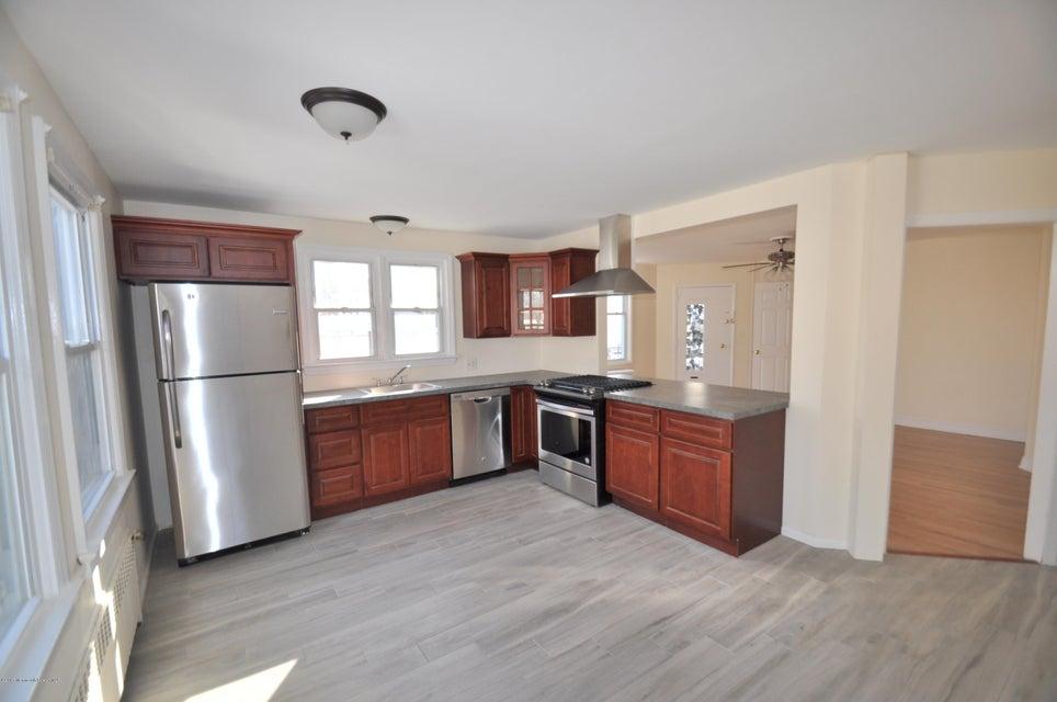 Maison avec plusieurs logements pour l à louer à 143 Branchport Avenue Long Branch, New Jersey 07740 États-Unis