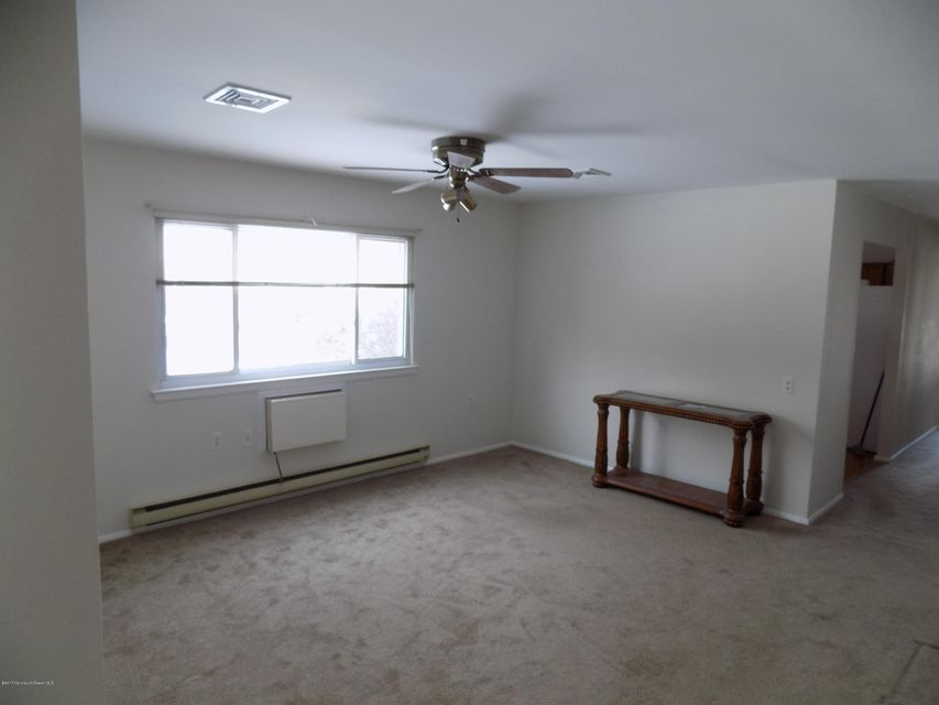 Additional photo for property listing at 4b Yorktowne Parkway  Whiting, New Jersey 08759 United States
