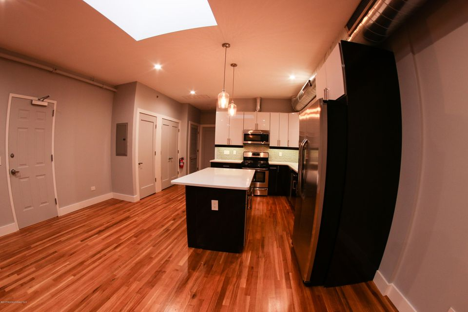 Additional photo for property listing at 23-25 Front Street  Red Bank, New Jersey 07701 États-Unis