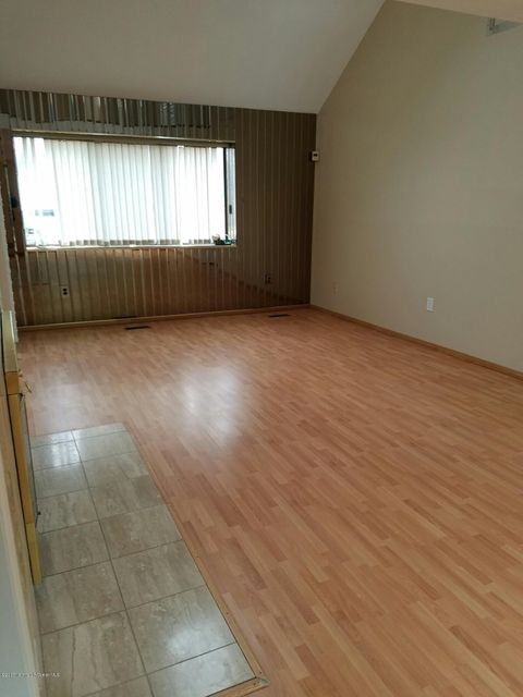 Additional photo for property listing at 124 Mountain Avenue  Piscataway, New Jersey 08855 United States