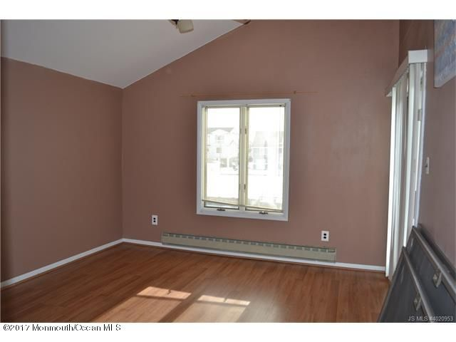 Additional photo for property listing at 145 Southard Drive  Manahawkin, New Jersey 08050 États-Unis