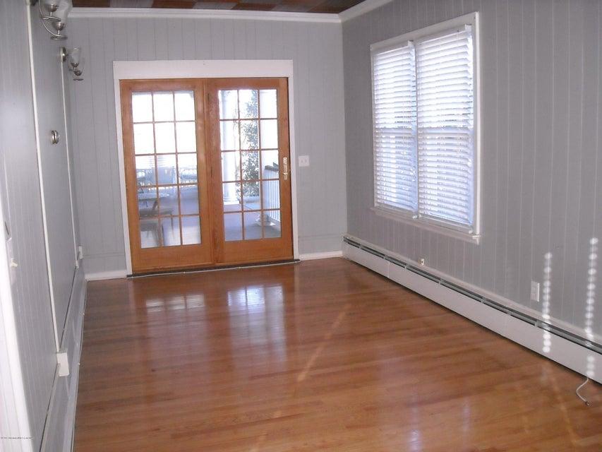 多户住宅 为 出租 在 201 Woodland Avenue Avon By The Sea, 新泽西州 07717 美国