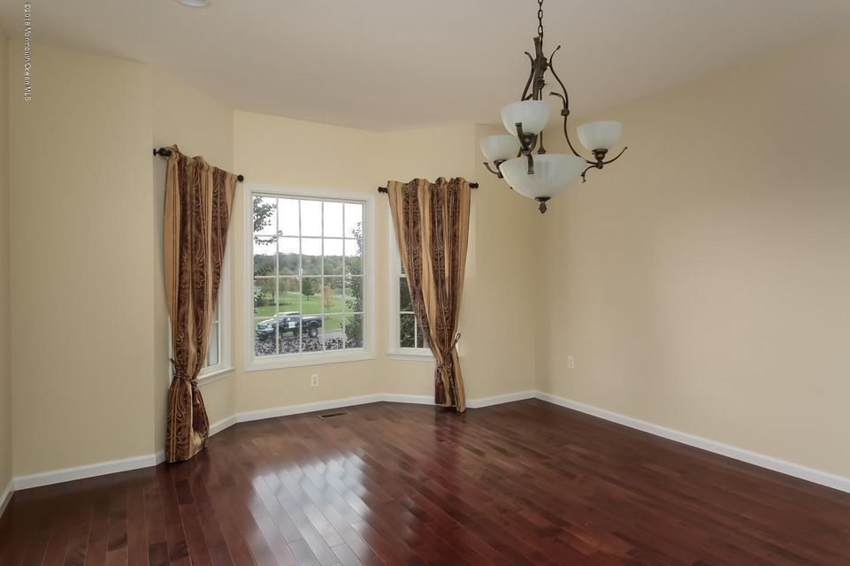 Additional photo for property listing at 12 Mason Drive  Cream Ridge, New Jersey 08514 États-Unis