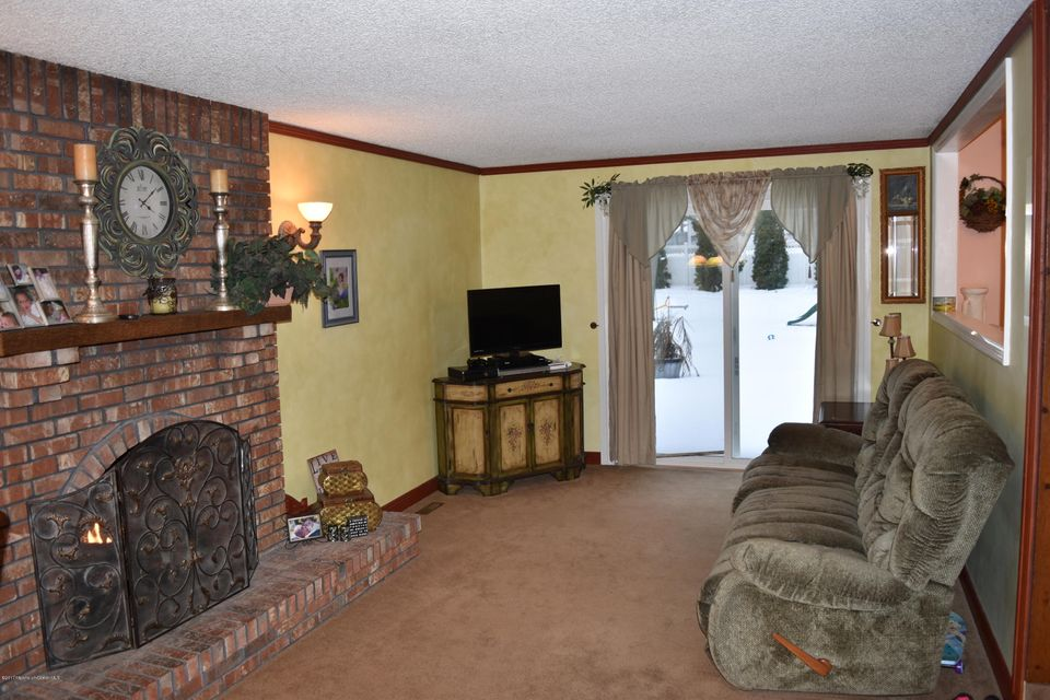 Additional photo for property listing at 34 Oak Terrace  Howell, New Jersey 07731 United States
