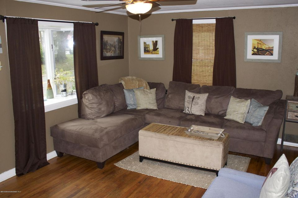 Additional photo for property listing at 1202 Logan Road  艾斯柏瑞公园市, 新泽西州 07712 美国