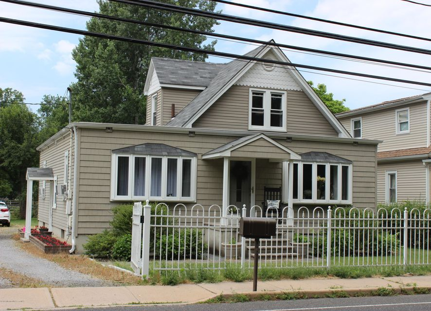 Additional photo for property listing at 104 Oak Glen Road  Howell, New Jersey 07731 États-Unis