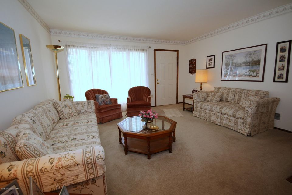 Additional photo for property listing at 204 Hemlock Drive  Lanoka Harbor, New Jersey 08734 United States