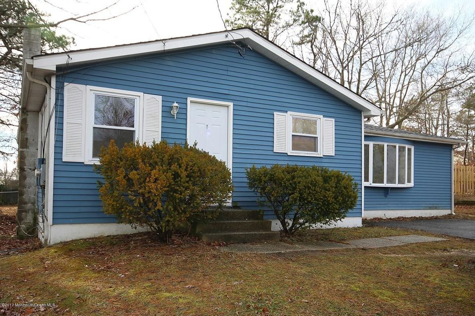 Single Family Home for Rent at 1045 Vessel Lane Manahawkin, 08050 United States